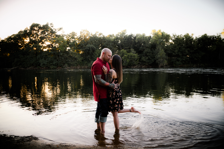 Sacramento_California_Wedding_Photographer_Engagement_2G20C_Luxury_American_River