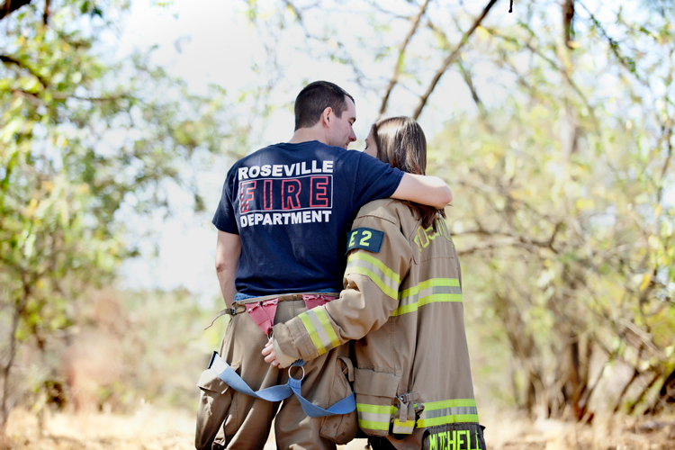Sacramento_California_Wedding_Photographer_Engagement_2G20C_Luxury_Firefighter_American_River